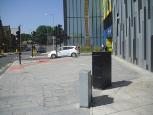 It's a pity that more care was not paid to the pavement around the development - here it is almost blocked by two huge utility boxes